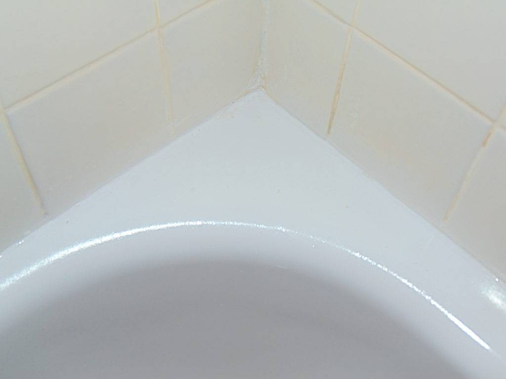 damaged-after-bathtub-refinishing