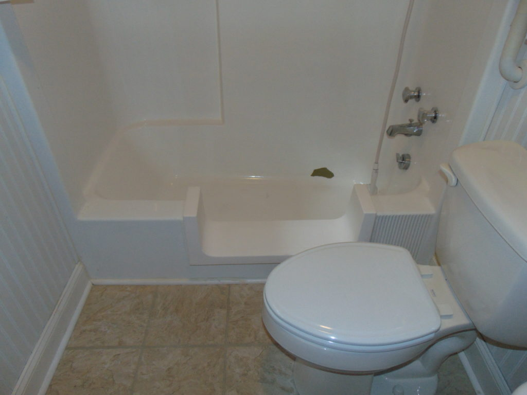 tub-cut-out-for-elderly-tricities-tn