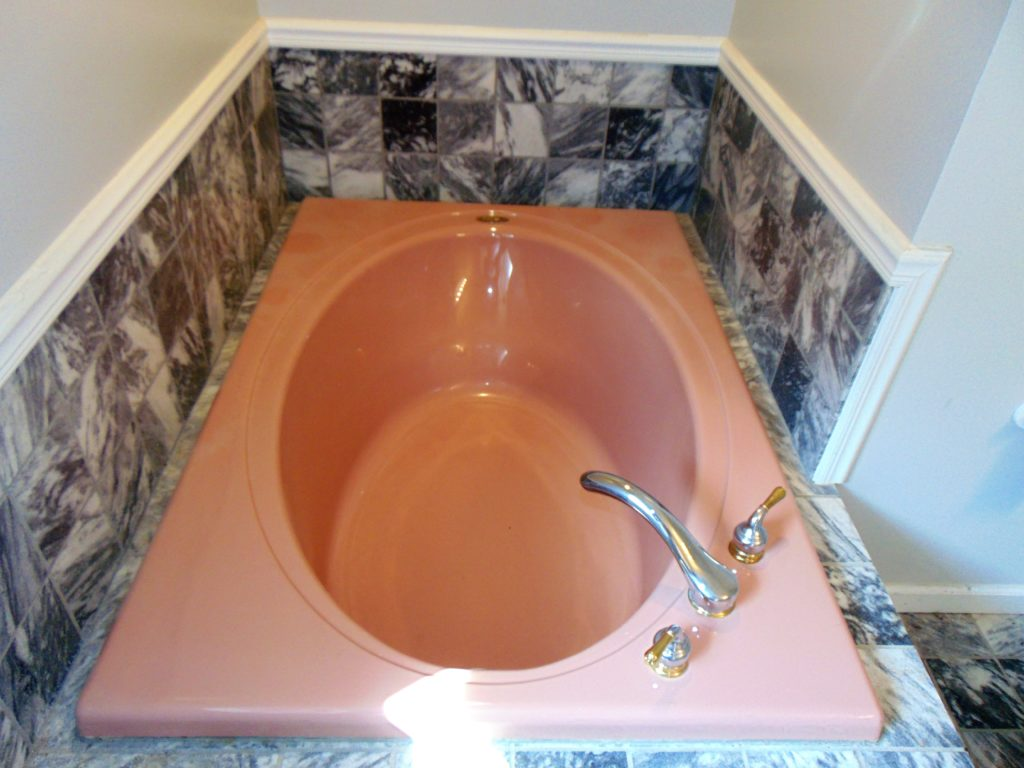 before-garden-bathtub-refinishing-tricities-tn