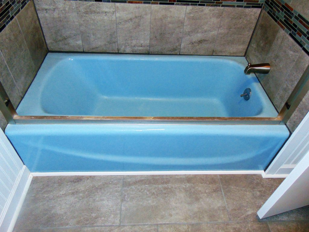 before-bathtub-refinishing-bristol-va