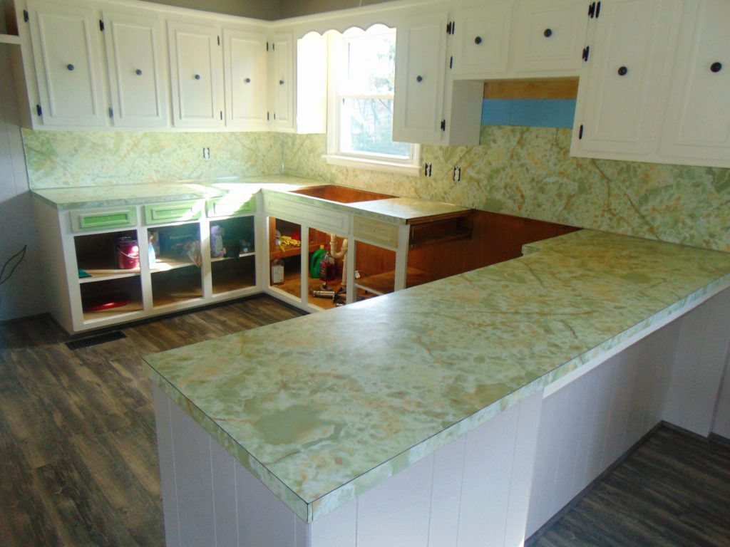 before-kitchen-countertop-refinishing-bristol-va