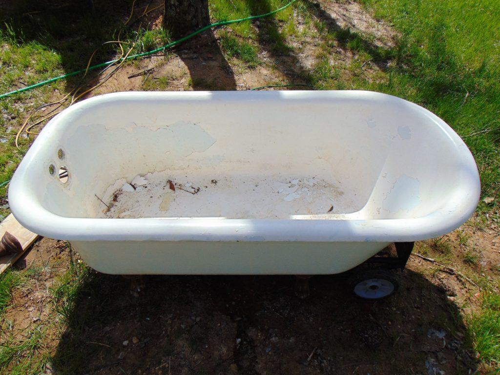 before-claw-foot-bathtub-refinishing-johnson-city-tn