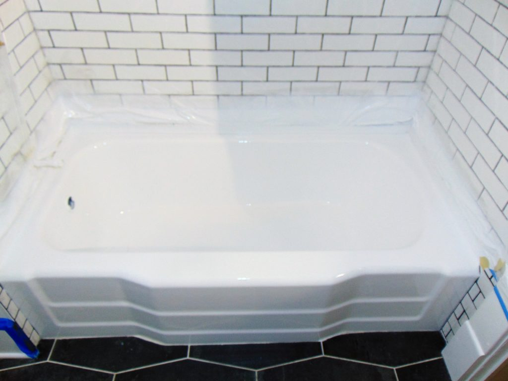 green-tub-after-bathtub-refinishing-johnson-city-tn