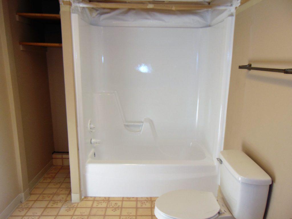 bathtub-refinishing-elizabethton-tn-tub-shower-combo