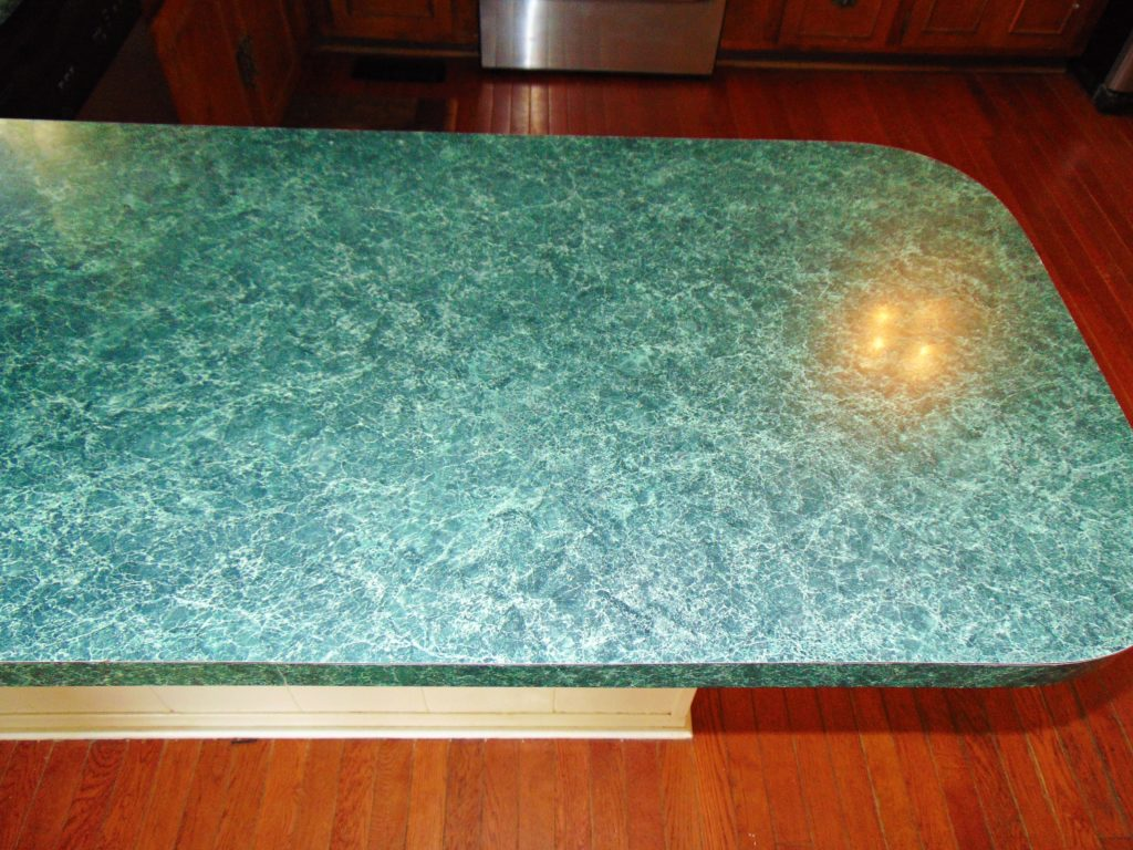 before-countertop-refinishing-kingsport-tn